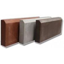 Плитка- бордюр  полимерпесчаная коричневая 50см*25см*5,5см